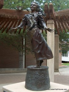"""She Stood Tall on Her Knees"" Monument to Ellen Pucell in Cedar City, Utah"